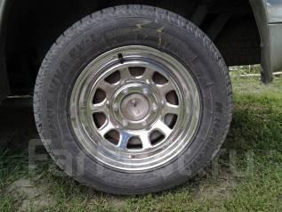 Продам шины 235/60/16 зимняя липучка, почти новая+комплект колёс б/у. 7.0x16 6x139.70 ET10 ЦО 108,0мм.