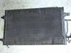 Радиатор охлаждения двигателя. Audi S8 Audi A8