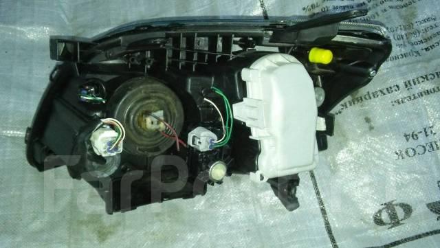 Фара. Toyota Avensis, AZT250, AZT251W, AZT251, AZT250L, ZZT251L, AZT250W, AZT251L, AZT255, AZT255W Двигатели: 1AZFSE, 2AZFSE, 1ZZFE
