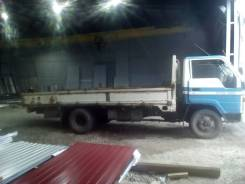 Toyota Toyoace. Toyota toyoace, 3 700 куб. см., 3 000 кг.