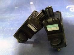 Датчик airbag. Subaru Forester, SG9, SG5 Двигатели: EJ255, EJ205, EJ203