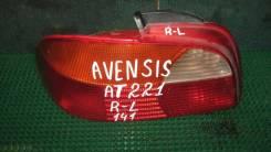 Фонарь Toyota Avensis, левый