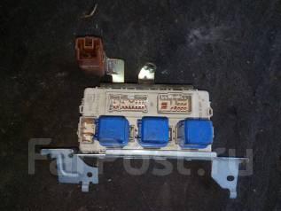 Блок предохранителей салона. Nissan Laurel, HC35, GC35, SC35, GCC35, GNC35 Двигатели: RB25DE, RB25DET, RB20DE