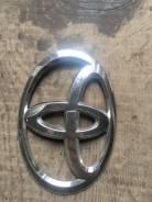 Эмблема багажника. Toyota Regius Ace, TRH214, TRH223B, TRH224, TRH229, KDH221K, KDH221, TRH216, TRH228B, KDH223, KDH211, KDH223B, TRH226K, TRH211, TRH...