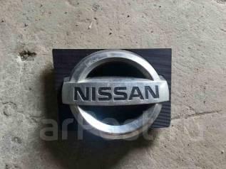 Эмблема. Nissan Wingroad, WFY11, WHNY11, WRY11 Nissan AD, WFY11, WHNY11, WRY11, Y11 Двигатели: QG15DE, QG18DE, QR20DE
