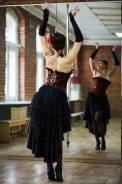 Танцовщица, танцовщик. Частное лицо