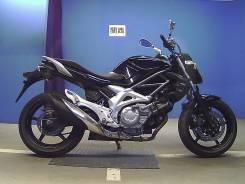 Suzuki SFV 400 Gladius. 400 куб. см., исправен, птс, без пробега
