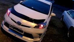 Фара. Toyota Prius, ZVW30L, ZVW30