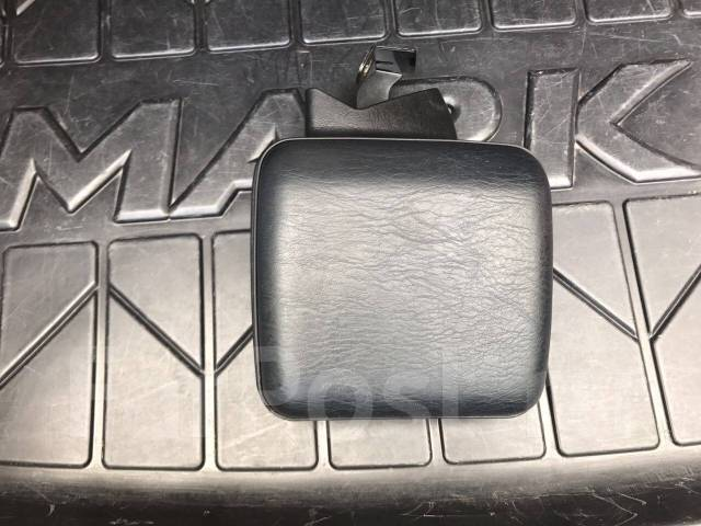 Мусорка опция (бардачек) Mark X 120. Toyota Mark X, GRX120