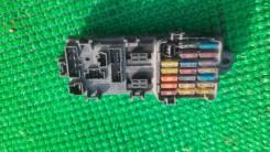 Блок предохранителей салона. Mitsubishi Diamante, F15A Двигатели: 6G73, GDI