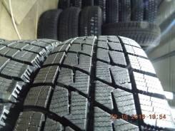 Bridgestone Ice Partner. Зимние, без шипов, 2014 год, износ: 5%, 2 шт
