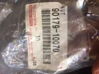 Гайка крепления глушителя к выпускному коллектору Toyota 9 017910070