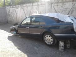 Mercedes-Benz E-Class. WDB2100551A026498, 1UZ