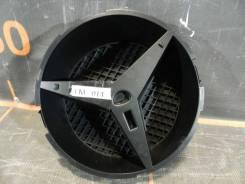 Кронштейн решетки радиатора. Mercedes-Benz GLE, W166