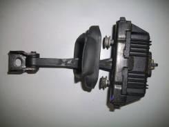 Ограничитель двери. BMW X5, E53 Двигатели: N62B48, M54B30, N62B44, M62B44TU, M57D30TU