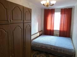 2-комнатная, улица Школьная 3. Центральная площадь, частное лицо, 45 кв.м. Комната