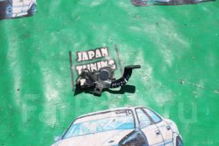 Ручка открывания бензобака. Toyota: Funcargo, Sienta, ist, Voltz, Corolla Fielder, Raum, Yaris, Isis, Corolla Spacio, Allex, Corolla Verso, WiLL Cypha...