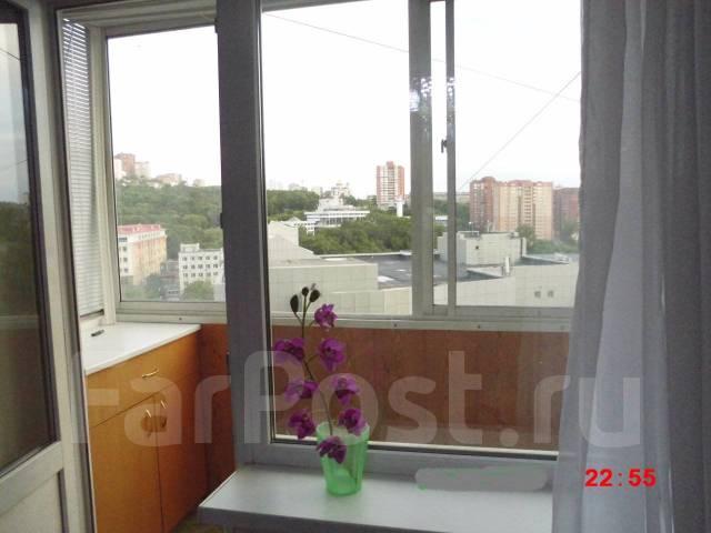 1-комнатная, улица Хабаровская 2. Первая речка, 32кв.м. Вид из окна днем
