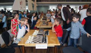 Занятия шахматами в ш/к Каисса