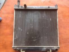 Радиатор охлаждения двигателя. Toyota Hiace Regius, KCH40G Двигатель 1KZTE