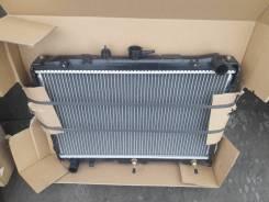 Радиатор охлаждения двигателя. Mazda Bongo, SK82V, SK82T, SE88M, SK82M, SK22L, SK82L, SK22M, SKF2T, SKF2V, SK22T, SK22V, SKF2L, SKF2M Двигатели: R2, F...