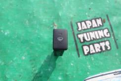 Кнопка обогрева лобового стекла Toyota Corolla AXIO Fielder ZRE142. Toyota: Vitz, RAV4, Blade, Corolla Axio, Corolla Rumion, Corolla Fielder, Passo, i...