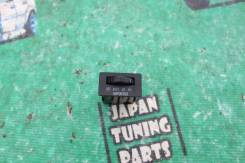 Кнопка рециркуляции воздуха. Toyota Chaser, JZX100 Toyota Mark II, JZX100 Toyota Cresta, JZX100