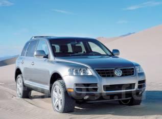 Дефлектор капота. Volkswagen Touareg, 7L6, 7LA, 7L7 Двигатели: BMV, BAC, CBWA, BPE, BLE, CFRA, BLK, BWF, BJN, BHK, BKJ, BKS, BAR, CASA, BPD, CASC, CAT...