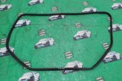 Уплотнитель двери багажника. Toyota Chaser, GX100, JZX100