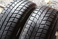 Bridgestone Blizzak WS-70. Зимние, без шипов, износ: 5%, 2 шт