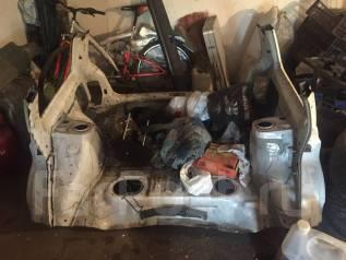 Ванна в багажник. Subaru Forester, SF5 Двигатель EJ20