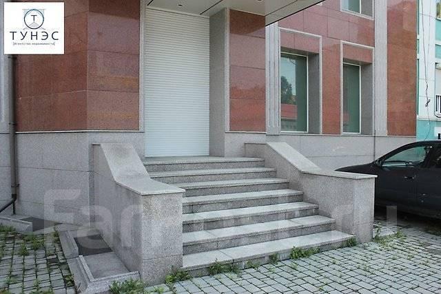 Продается трехэтажное помещение на Бестужева во Владивостоке. Улица Бестужева 26а, р-н Эгершельд, 911 кв.м.