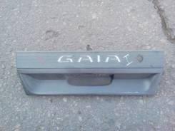Накладка на дверь багажника. Toyota Gaia, SXM10, SXM10G Двигатель 3SFE