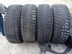 Bridgestone ST30. Зимние, без шипов, 2011 год, износ: 50%, 4 шт