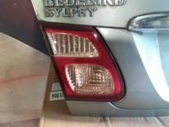 Вставка багажника. Nissan Bluebird Sylphy