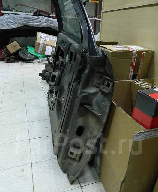 Дверь боковая. Audi S Audi 100
