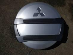 Колпак запасного колеса. Mitsubishi Pajero, V24V, V77W, V78W, V46V, V47WG, V24WG, V63W, V87W, V65W, V43W, V26WG, V83W, V25W, V24W, V44W, V45W, V34V, V...