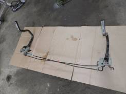 Крепление крышки багажника. Nissan Laurel, GC35 Двигатель RB25DET