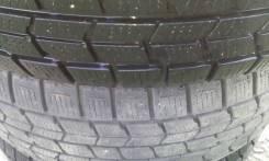 Dunlop Graspic DS3. Зимние, без шипов, 2013 год, износ: 20%, 2 шт