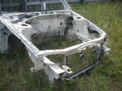 Передняя часть автомобиля. Toyota Carina, AT210, AT212, AT211