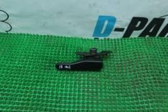 Ручка открывания бензобака. Nissan Skyline, HR33, ER33, ECR33, BCNR33, ENR33