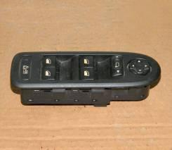 Блок управления стеклоподъемниками. Peugeot 308