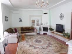 Код объекта 9885. Продаётся дом в городе Саки!. Саки, р-н Сакский, площадь дома 109 кв.м., централизованный водопровод, отопление централизованное, о...