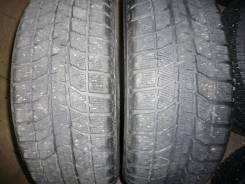 Bridgestone Blizzak WS-70. Зимние, без шипов, 2011 год, износ: 20%, 2 шт