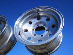 Mickey Thompson. 8.0x15, 6x139.70, ET-20, ЦО 109,0 мм.