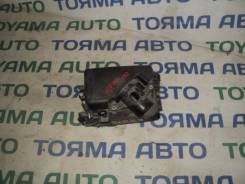 Корпус воздушного фильтра. Toyota Corolla Axio, NZE141 Toyota Corolla Fielder, NZE141, NZE141G