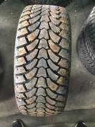 Maxtrek Trek M900. Зимние, шипованные, 2015 год, износ: 5%, 1 шт