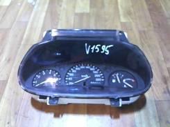 Щиток приборов (приборная панель) Mazda 121