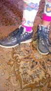 Отдам ботинки