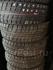 Bridgestone Blizzak Revo2. Зимние, без шипов, 2012 год, износ: 5%